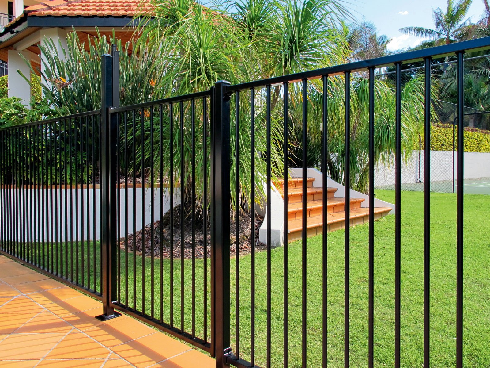 Aluminium Pool Fencing Panel Cream