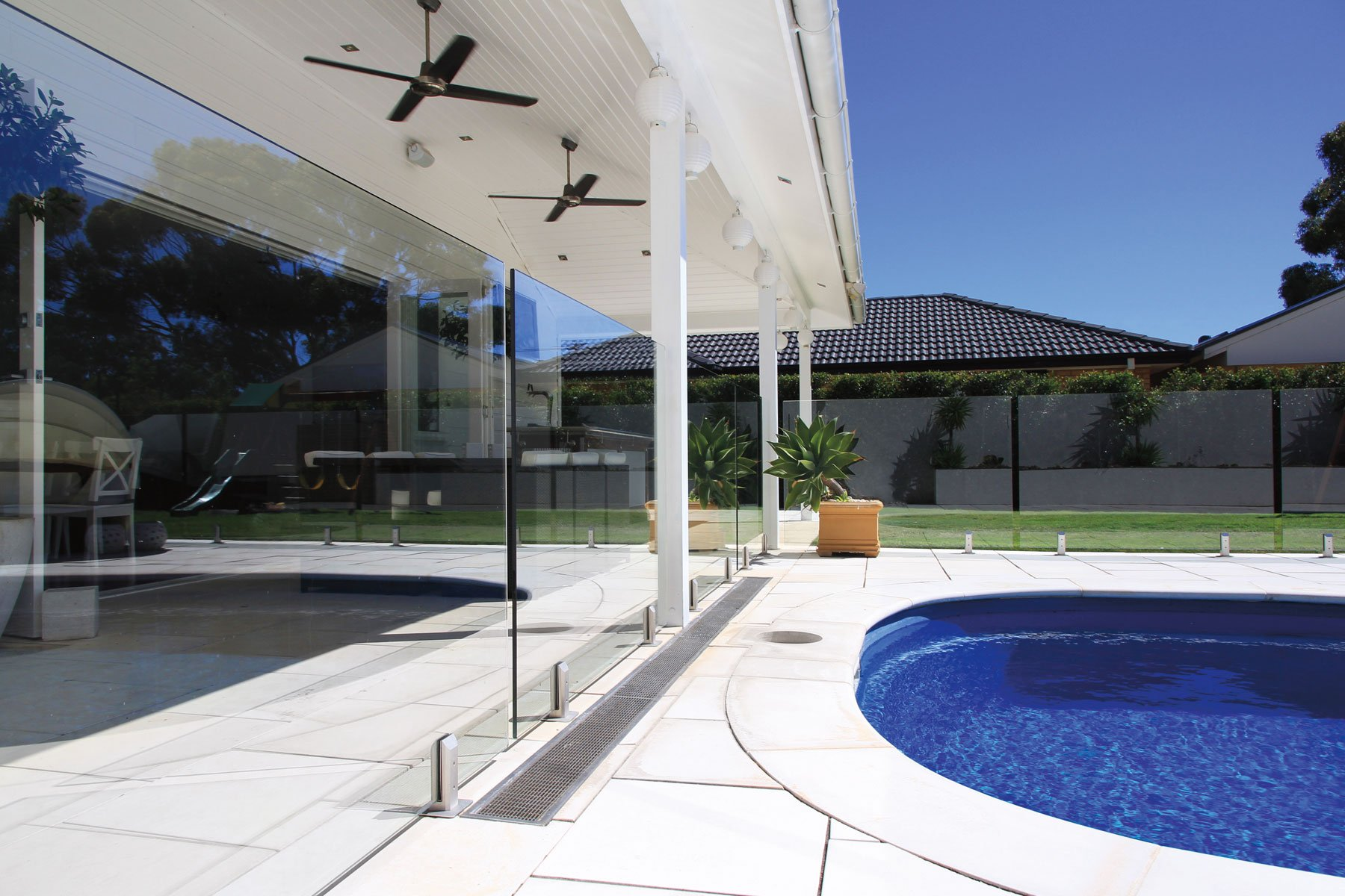 9 Signs You Re A Frameless Glass Pool Fence Near Me Expert The Cool Blog 8923
