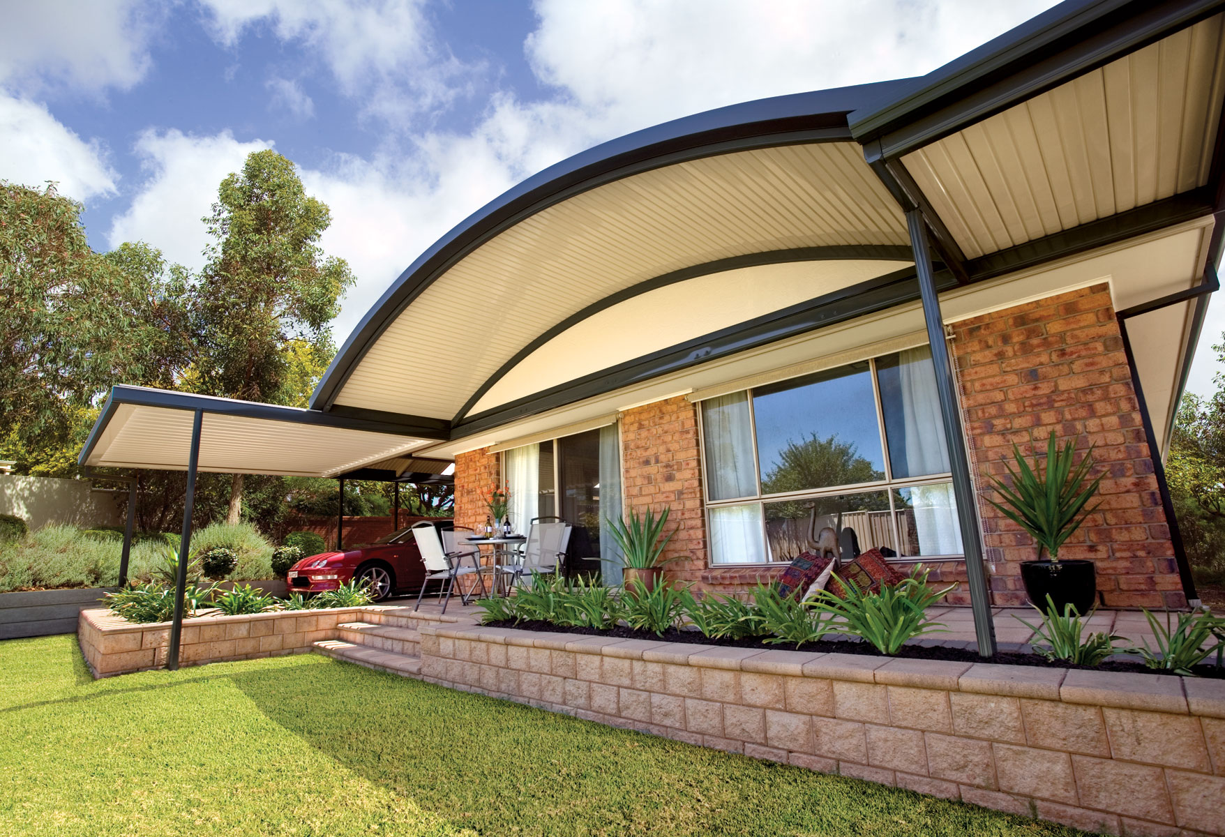 Outback 174 Curved Stratco