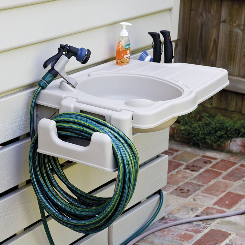 Outdoor sink hook up to hose