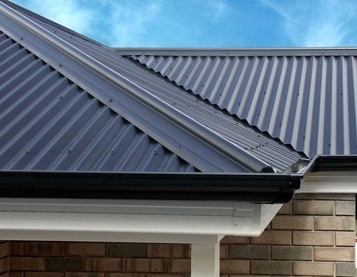 Card-1x1-Roofing-Accessories-Range-Ridge-Capping01.jpg